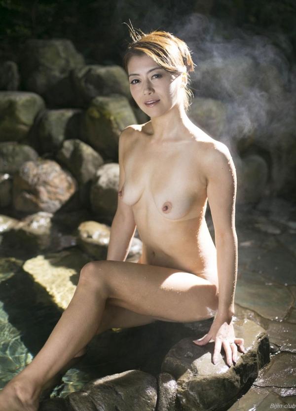 北条麻紀 露店風呂しっとり熟女ヌード画像108枚の014枚目