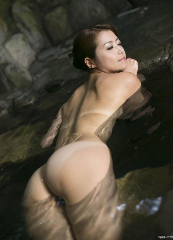 北条麻紀 露店風呂しっとり熟女ヌード画像108枚の020枚目