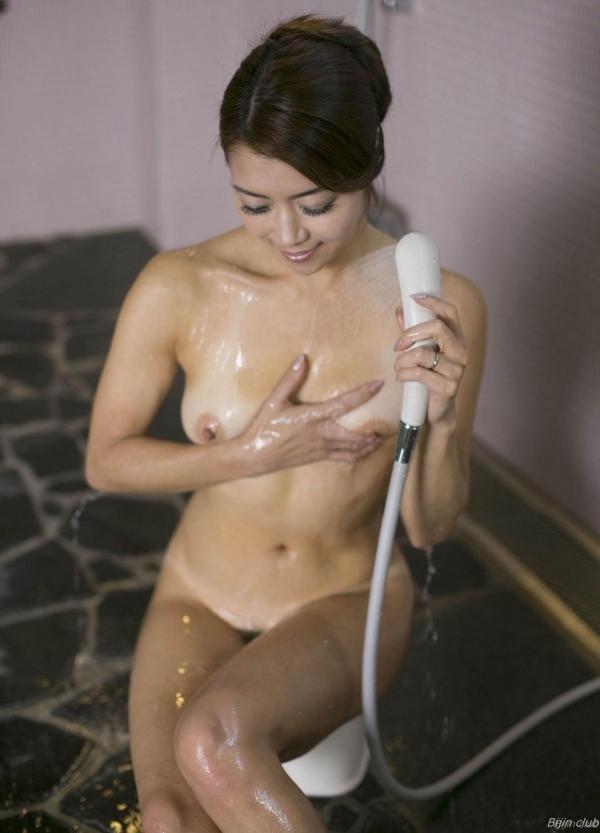 北条麻紀 露店風呂しっとり熟女ヌード画像108枚の028枚目