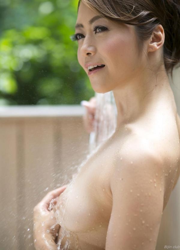 北条麻紀 露店風呂しっとり熟女ヌード画像108枚の060枚目