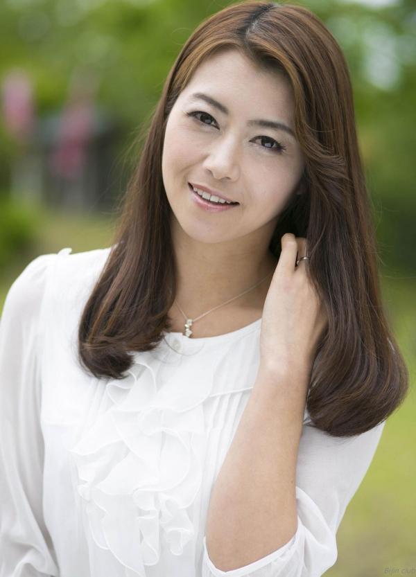 北条麻妃 妖艶な美熟女のヌード画像125枚の003枚目