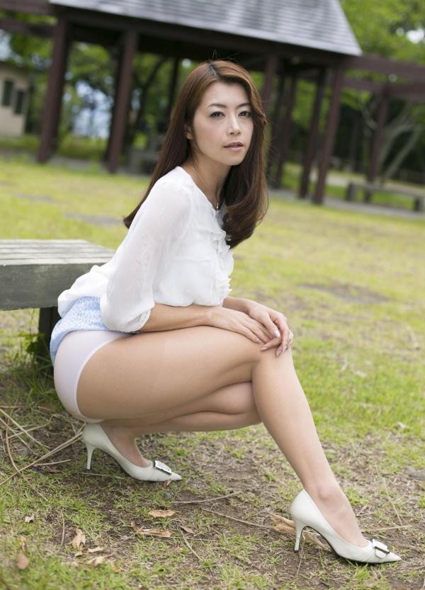 北条麻妃 妖艶な美熟女のヌード画像125枚の011枚目