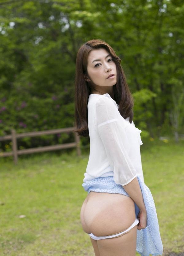 AV女優 北条麻妃 人妻 熟女 無修正 ヌード エロ画像022a.jpg