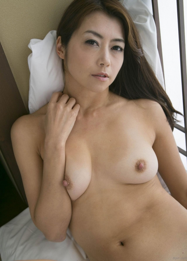 AV女優 北条麻妃 人妻 熟女 無修正 ヌード エロ画像102a.jpg