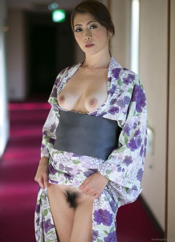 AV女優 北条麻妃 人妻 熟女 まんこ  無修正 ヌード クリトリス エロ画像069a.jpg