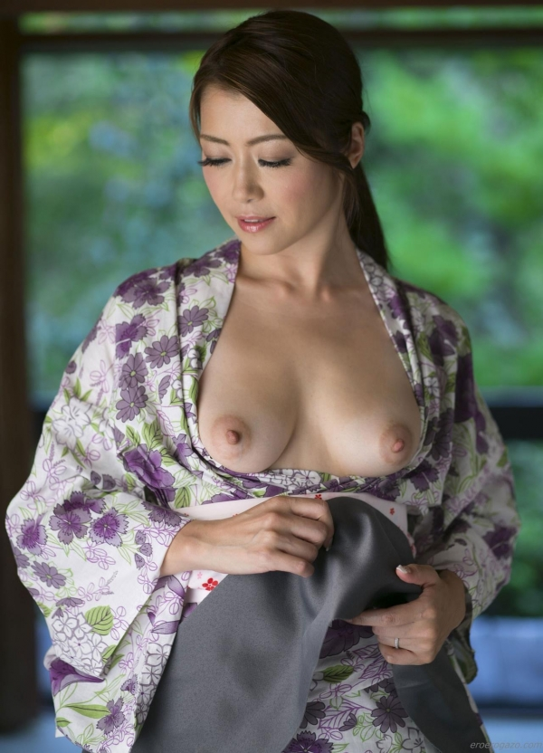 AV女優 北条麻妃 人妻 熟女 まんこ  無修正 ヌード クリトリス エロ画像077a.jpg
