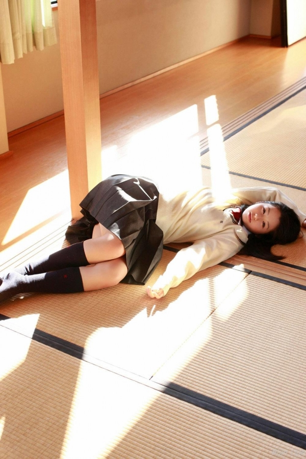 グラビアアイドル 小池里奈 女子高生 スクール水着 エロ画像046a.jpg