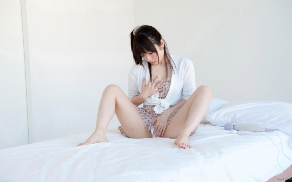 AV女優 前田陽菜 無修正 オナニー画像 エロ画像a022a.jpg