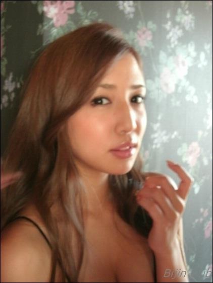 グラビアアイドル 丸高愛実 水着 アイコラ ヌード エロ画像b004a.jpg