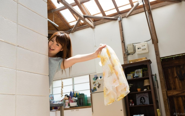 AV女優 西川ゆい 無修正 ヌード エロ画像015a.jpg