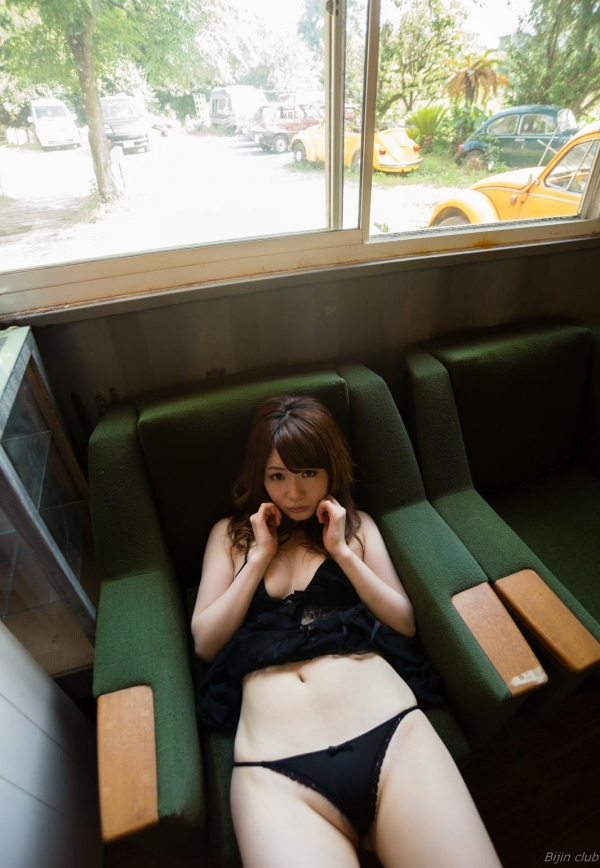 AV女優 西川ゆい 無修正 ヌード エロ画像067a.jpg