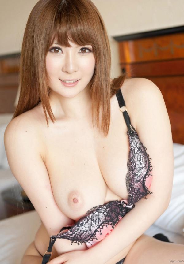 AV女優 仁科百華 無修正 鈴木一徹とセックスしてるエロ画像045a.jpg