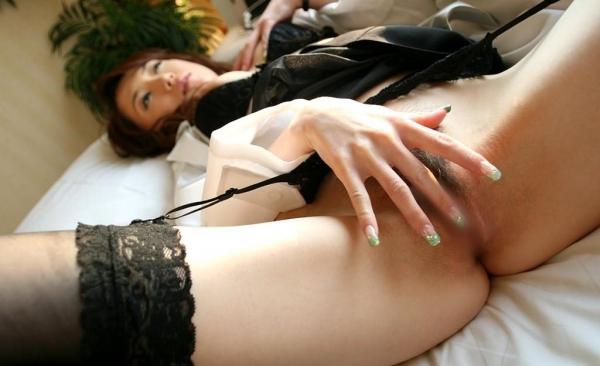 女性がバイブや電マ ローターでオナニーしてるエロ画像13a.jpg