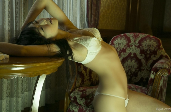 グラビアアイドル 佐々木心音 美尻に喰い込むTバックなど過激エロ画像115枚 アイコラ ヌード おっぱい お尻 エロ画像b027a.jpg