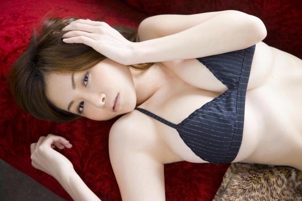 杉原杏璃 水着に収まらない爆乳エロ画像125枚の009枚目