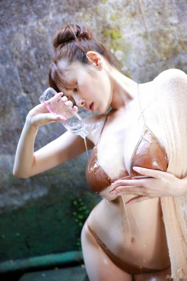 杉原杏璃 水着に収まらない爆乳エロ画像125枚の034枚目