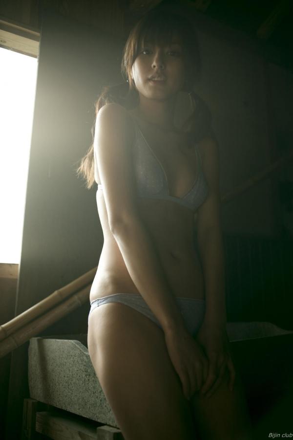 グラビアアイドル 杉本有美 Cカップ美乳がセクシーな水着グラビア画像75枚 アイコラ ヌード おっぱい お尻 エロ画像037a.jpg