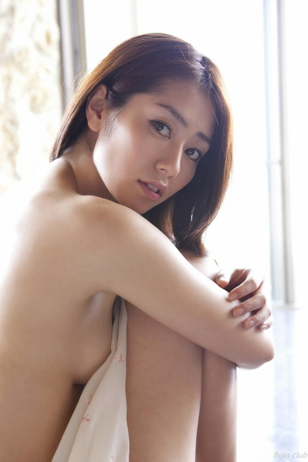 グラビアアイドル 谷桃子 アイコラ ヌード おっぱい お尻 エロ画像048a.jpg