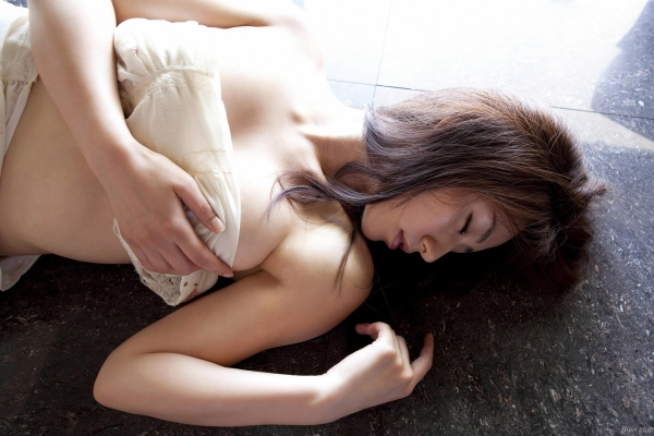 グラビアアイドル 谷桃子 アイコラ ヌード おっぱい お尻 エロ画像055a.jpg