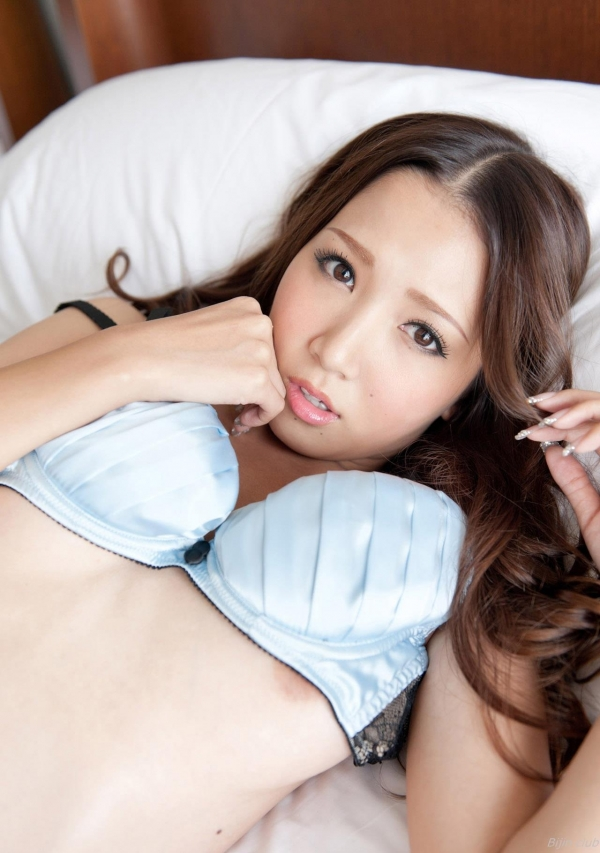 友田彩也香 X 鈴木一徹 セックス画像 1