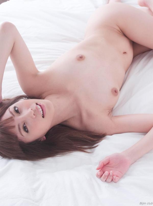 横山美雪 美微乳の美女ヌード画像まとめ160枚の058番