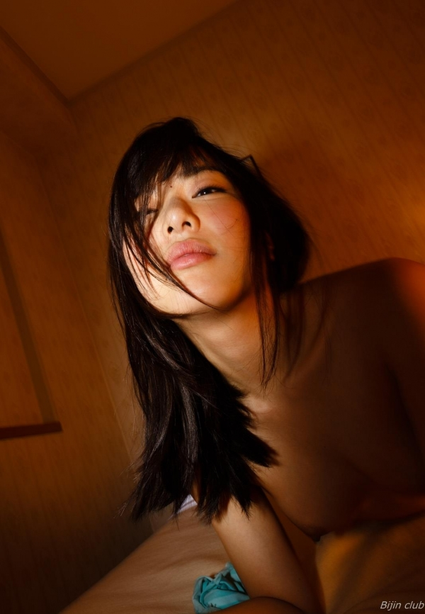 AV女優 由愛可奈 まんこ  無修正 ヌード クリトリス エロ画像b027a.jpg