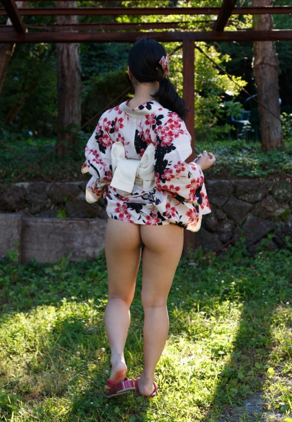 AV女優 由愛可奈 まんこ  無修正 ヌード クリトリス エロ画像b048a.jpg