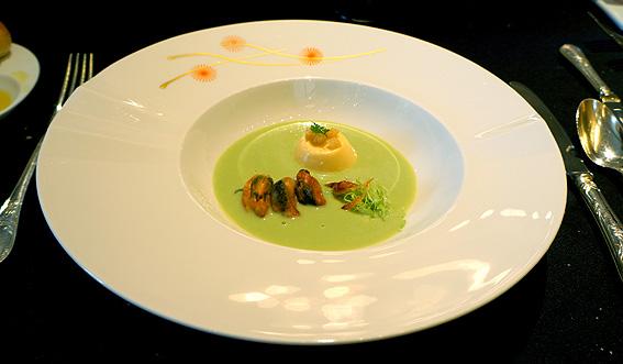 20130521 3張るキャベツとムール貝のスープ 20cmDSC08492