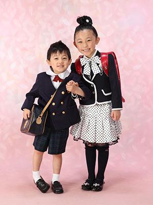 秋田の入学写真 スタジオ撮影 入園入学 イブキ&カエデ