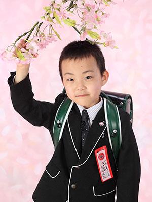 秋田の入学写真 スタジオ撮影 小学入学 シュウトくん