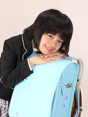 秋田の入学写真 スタジオ撮影 小学入学 ミオちゃん