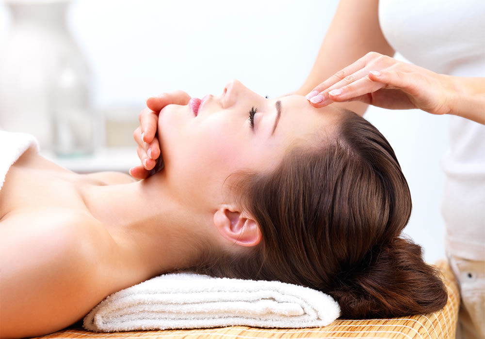Facial-Treatment2.jpg