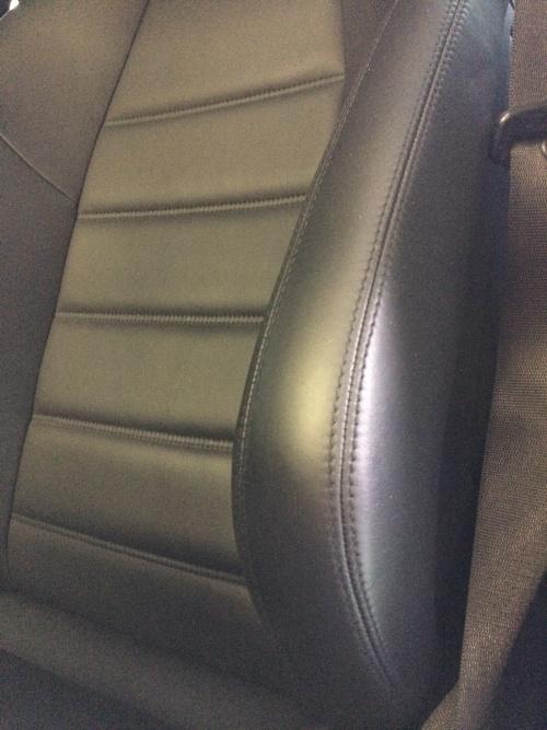 ベンツ C63 AMG レザーシート補修
