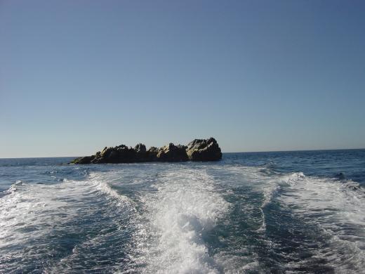 名礁小根太島
