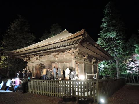 夜の阿弥陀堂