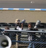 ヘアピンで撮影するプロカメラマン達