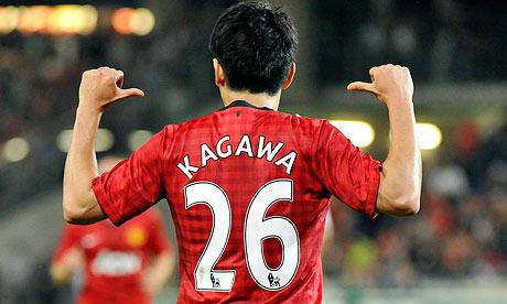 背中で語る香川選手。