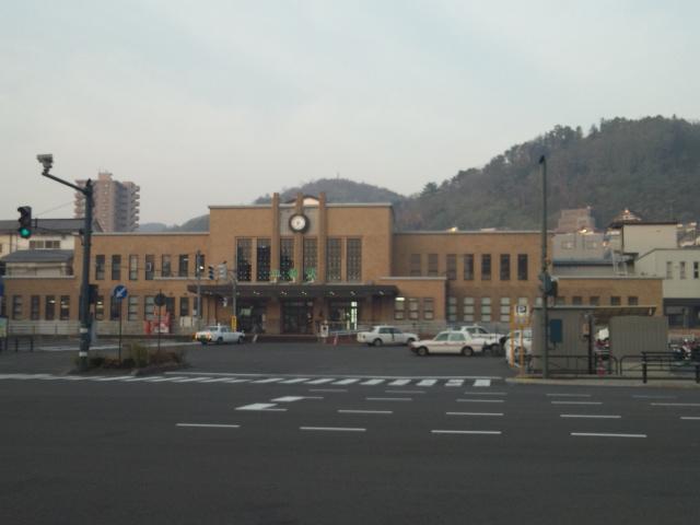 早朝の小樽駅