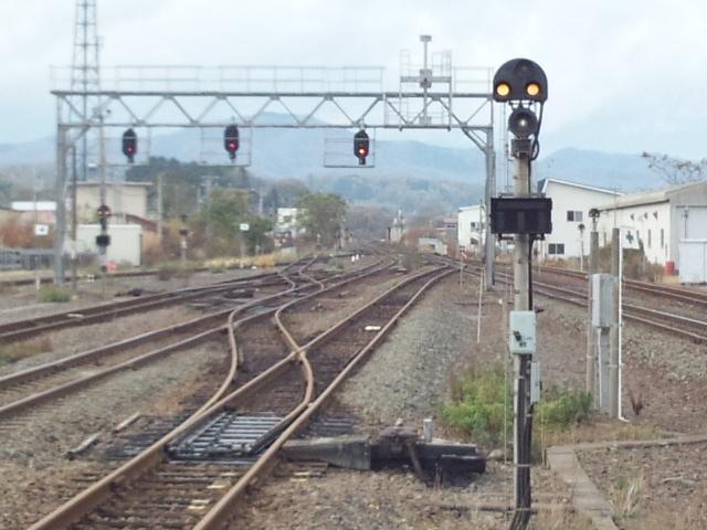 森駅-出発信号機