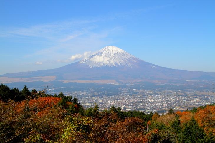 14/11/23 乙女峠より眺める富士山
