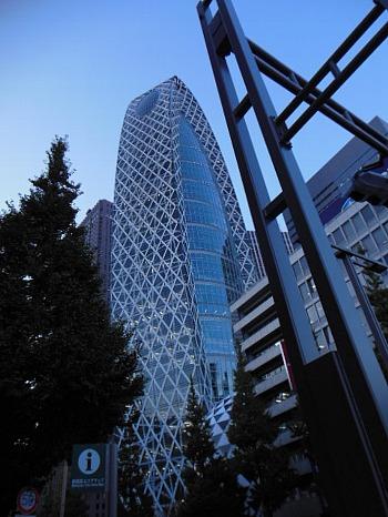 新宿西口のビル