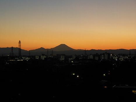 夕焼け富士遠景