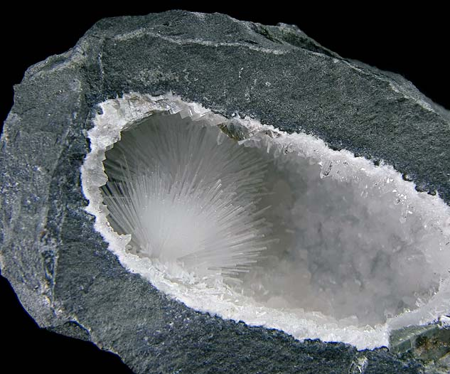 No.502 Natrolite