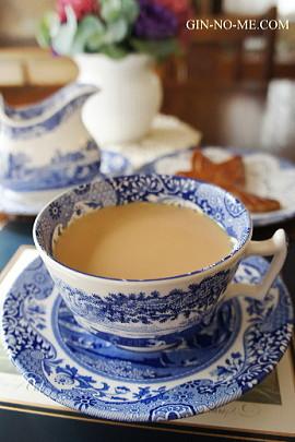 おいしい紅茶をどうぞ