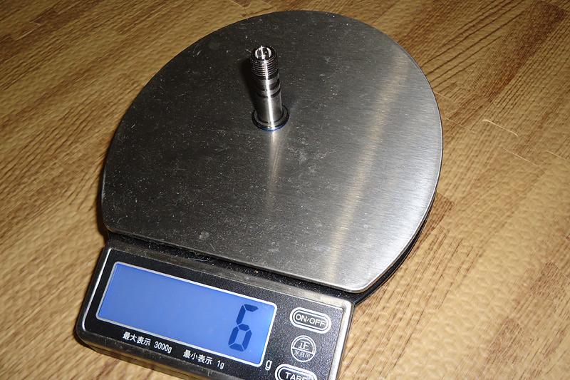 245-チタンボルト