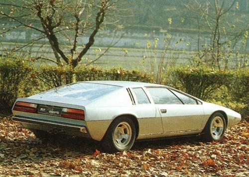 1972-ID-Lotus-Esprit-Concept-rear_01