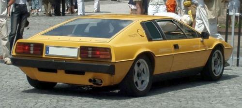 1978-Lotus-Esprit-S2-rear_01