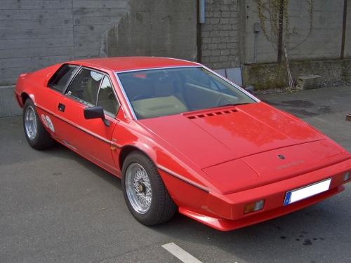1981-Lotus-Esprit-S3-front_01