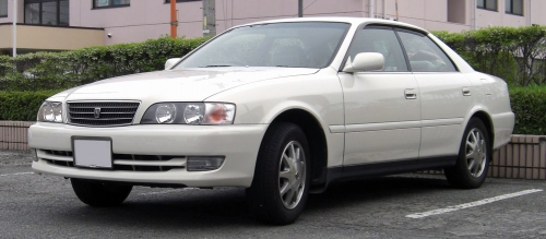1996-1998_Toyota_Chaser_front
