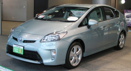 Toyota_Prius_S_'Touring_Selection'